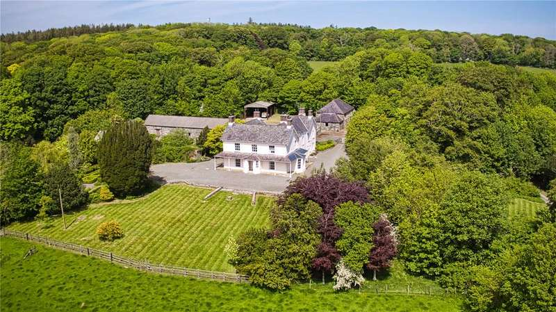 6 Bedrooms Detached House for sale in Bodedern, Nr Holyhead, Anglesey, LL65