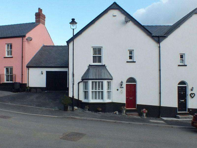 4 Bedrooms Semi Detached House for sale in Sycamore Road, Blaenavon