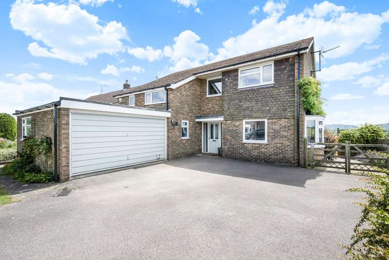 4 Bedrooms Detached House for sale in Rothermead, Petworth, GU28
