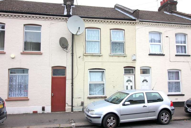 3 Bedrooms Terraced House for sale in Wimborne Road, Luton, Bedfordshire, LU1 1PD