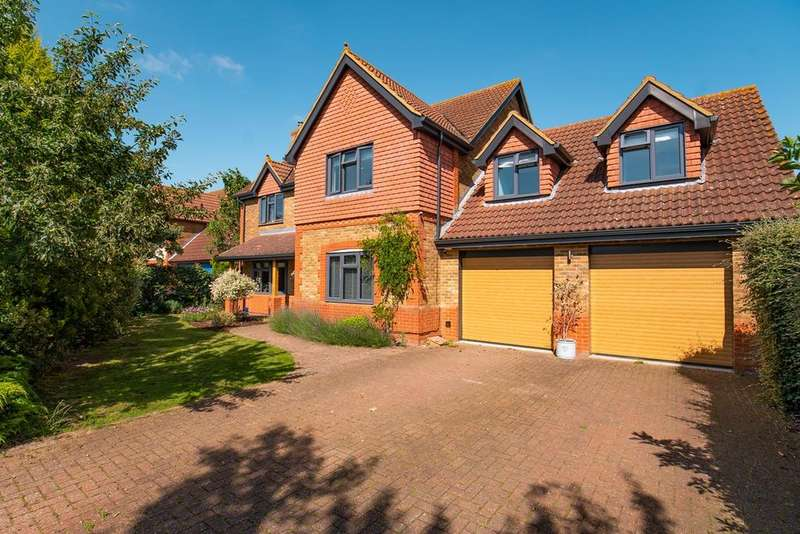 5 Bedrooms Detached House for sale in Mill Meadow, Langford, Biggleswade, SG18