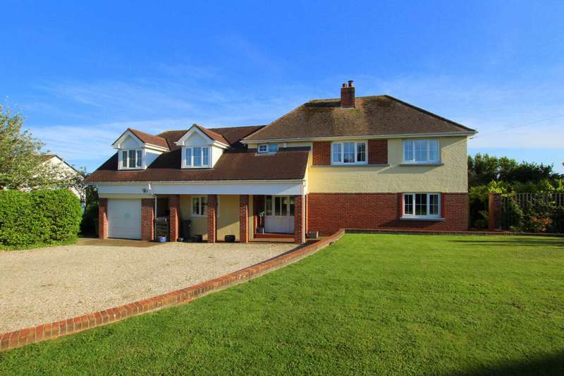 4 Bedrooms Detached House for sale in Bay View Road, Northam
