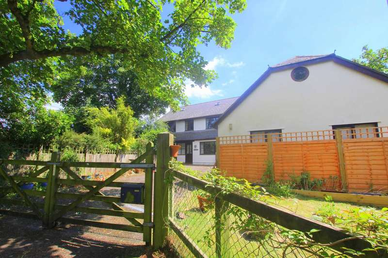 4 Bedrooms Detached House for sale in Frithelstock