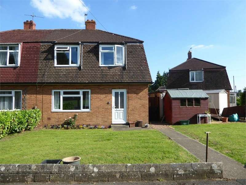 3 Bedrooms Detached House for sale in St Brides Close, Magor
