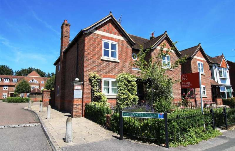 3 Bedrooms End Of Terrace House for sale in Saxon Place, Pangbourne, Berkshire