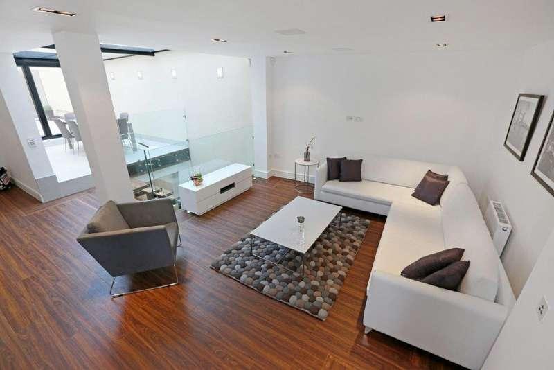 3 Bedrooms House for rent in Garden House, Hatton Garden, Clerkenwell, London, EC1N