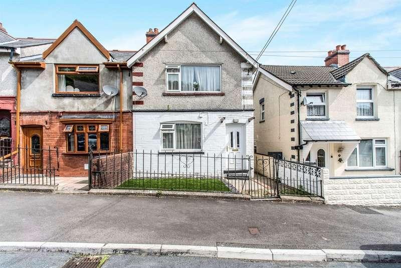 3 Bedrooms Semi Detached House for sale in Graig Avenue, Abercwmboi, Aberdare