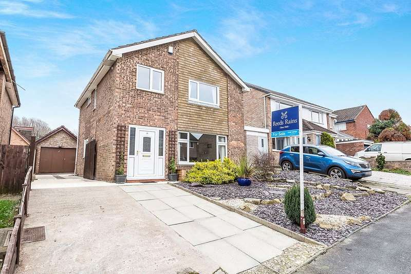 4 Bedrooms Detached House for sale in Earlsway, Euxton, Chorley, PR7