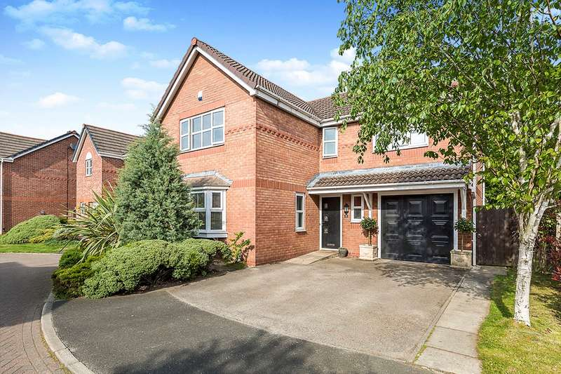 4 Bedrooms Detached House for sale in The Cherries, Euxton, Chorley, Lancashire, PR7