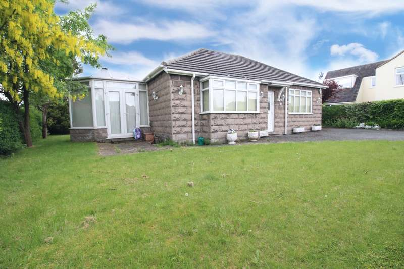 2 Bedrooms Detached Bungalow for sale in Boundary Lane, Congleton, Cheshire, CW12