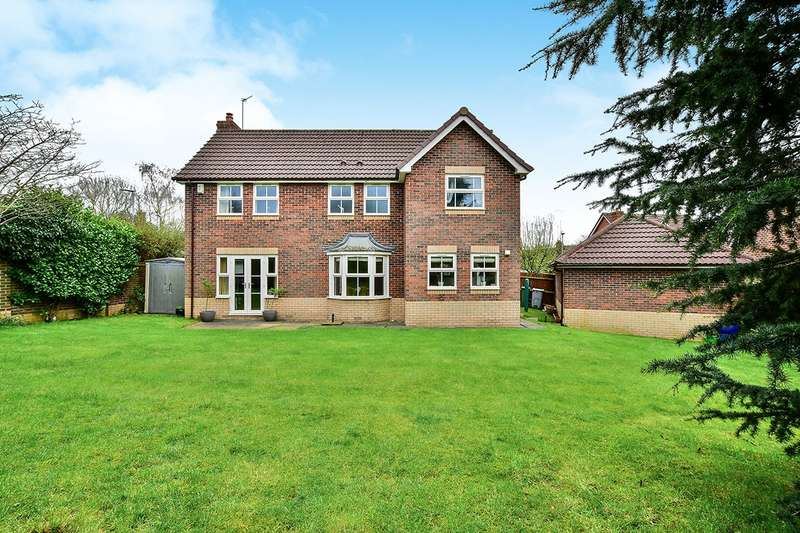 4 Bedrooms Detached House for sale in Fearndown Way, Tytherington, Macclesfield, Cheshire, SK10