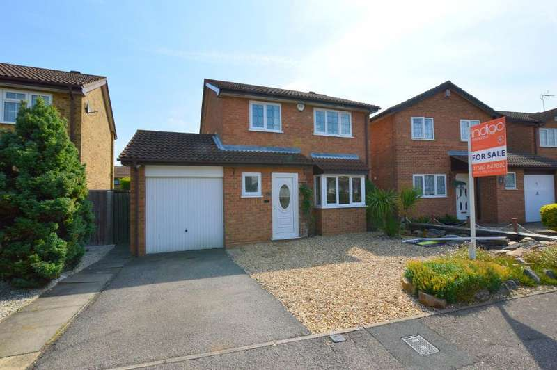 3 Bedrooms Detached House for sale in Kirby Drive, Barton Hills, Luton, Bedfordshire, LU3 4AU