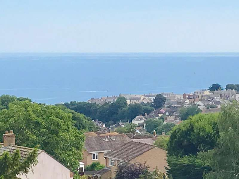 3 Bedrooms Flat for sale in Colway Lane, Lyme Regis