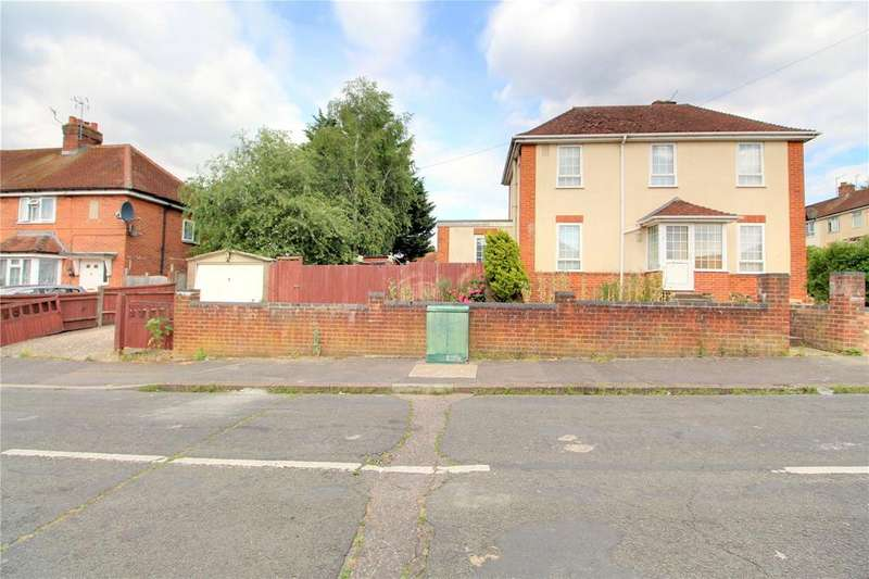 3 Bedrooms Semi Detached House for sale in Salcombe Road, Reading, Berkshire, RG2
