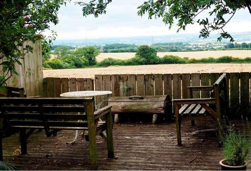 4 Bedrooms Property for sale in West Street, Hett, Durham, Durham, DH6 5LS