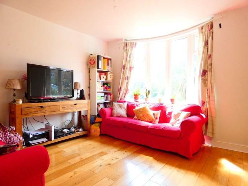 3 Bedrooms Semi Detached House for sale in Thorpe House Rise, Sheffield, South Yorkshire, S8
