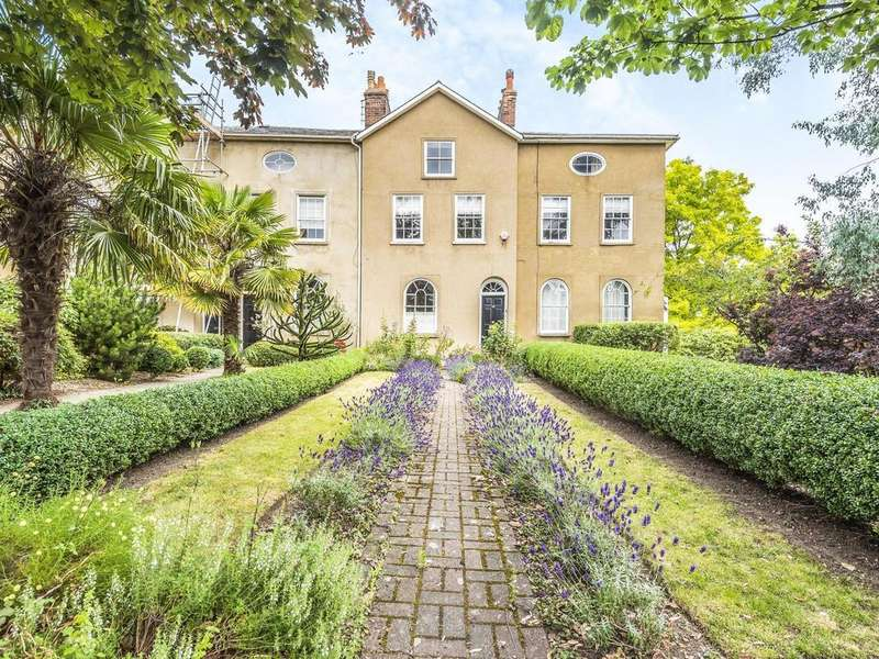 4 Bedrooms Terraced House for sale in Castle Hill, Reading, RG1