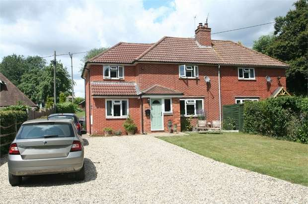 3 Bedrooms Semi Detached House for sale in Dummer Road, Axford, Basingstoke, Hampshire