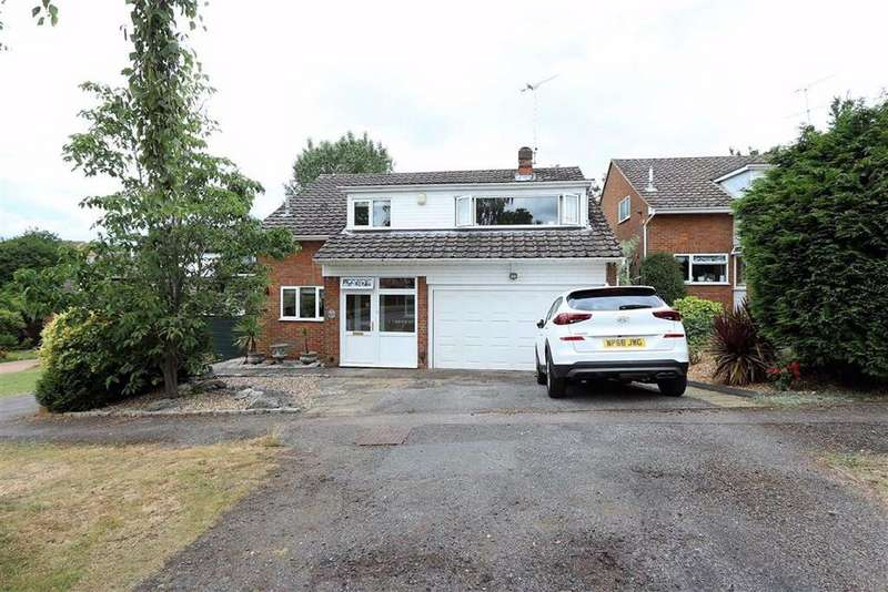 4 Bedrooms Detached House for sale in Riverside, Leighton Buzzard