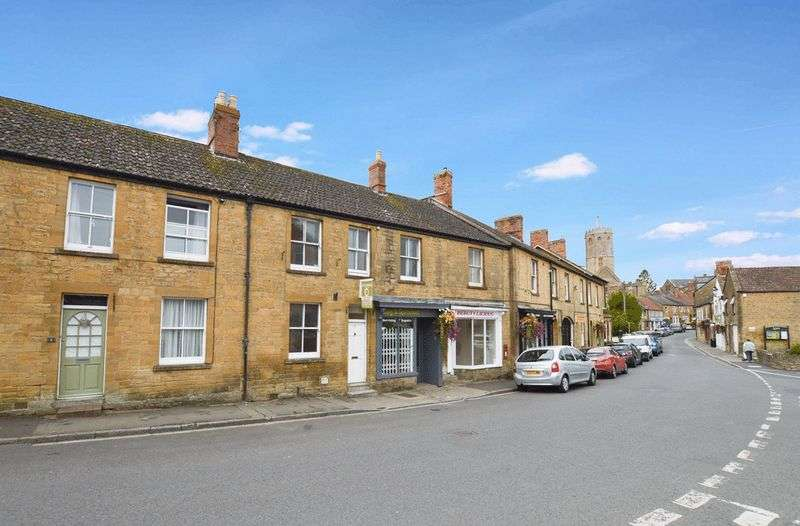 3 Bedrooms Property for sale in St James Street, South Petherton