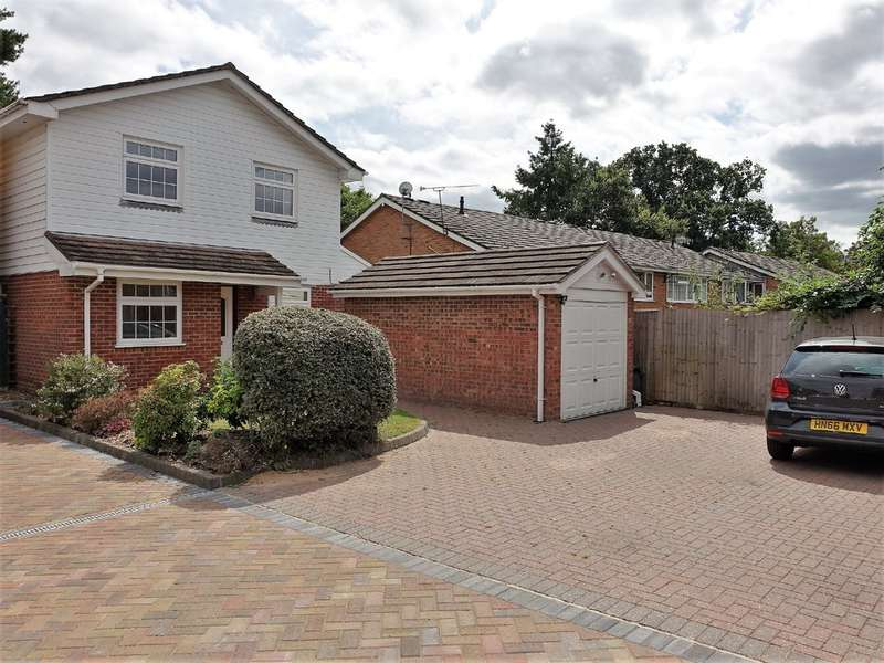 4 Bedrooms Detached House for sale in Braehead, Hythe