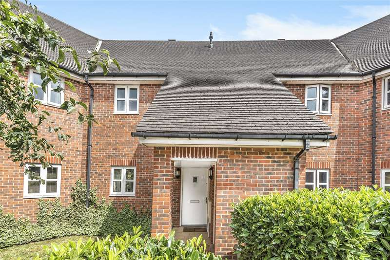 2 Bedrooms Maisonette Flat for sale in Skylark Way, Shinfield, Reading, Berkshire, RG2
