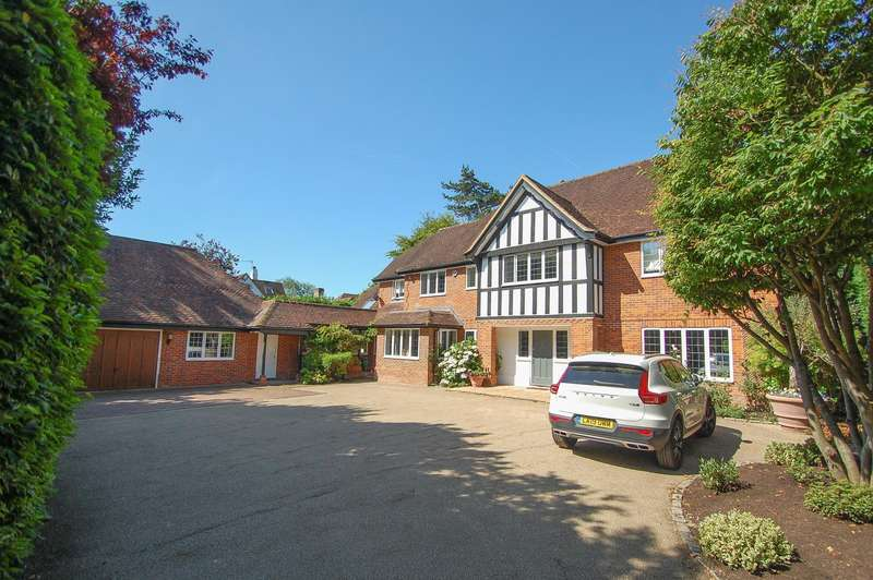 6 Bedrooms Detached House for sale in Chalfont St Peter, Gerrards Cross, SL9