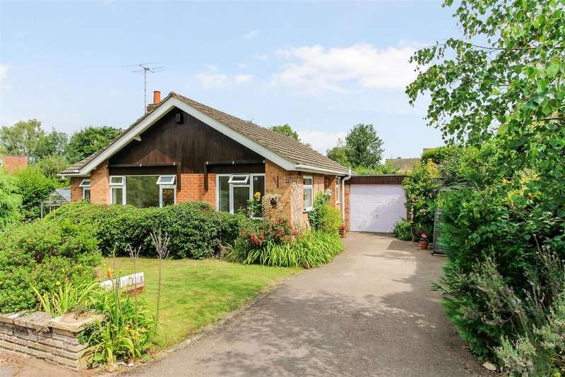 3 Bedrooms Detached Bungalow for sale in Battledown Close, Cheltenham
