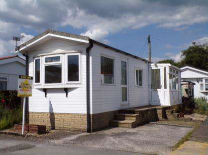 1 Bedroom Mobile Home for sale in Willow Crescent, Cuerden Residential Park, Leyland, PR25