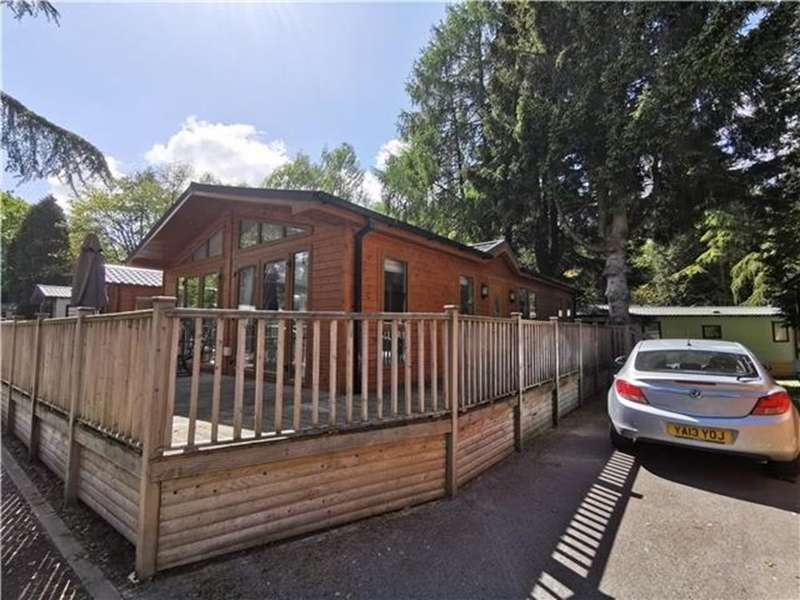 3 Bedrooms Lodge Character Property for sale in White Cross Bay, Windermere, LA23