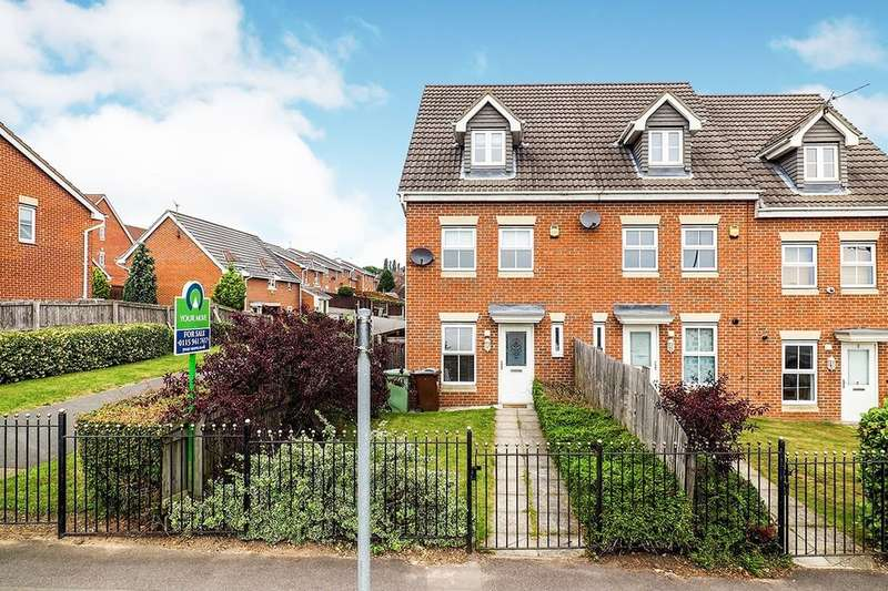 3 Bedrooms Semi Detached House for sale in Farr Row, Nottingham, NG5