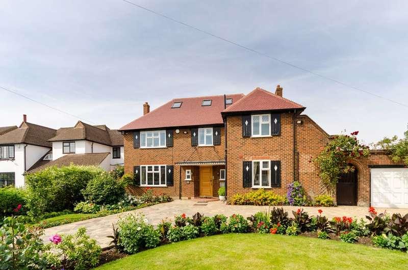 5 Bedrooms Detached House for sale in Delta Road, Worcester Park, KT4