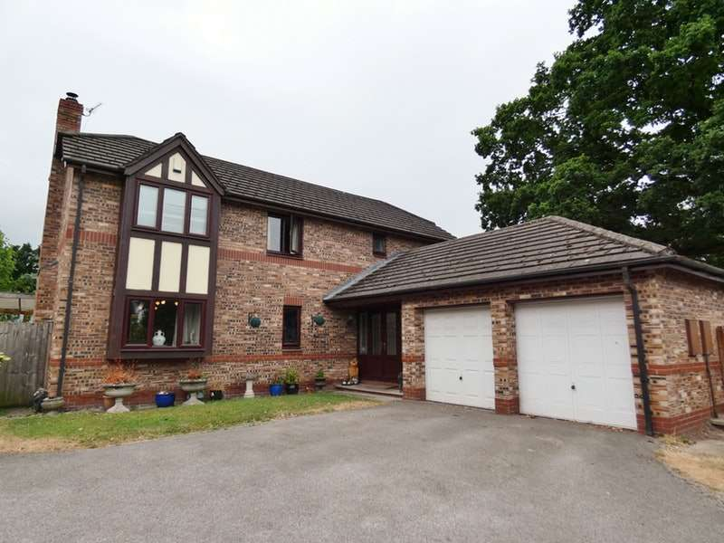 5 Bedrooms Detached House for sale in Foxes Walk, Higher Kinnerton, Flintshire, CH4