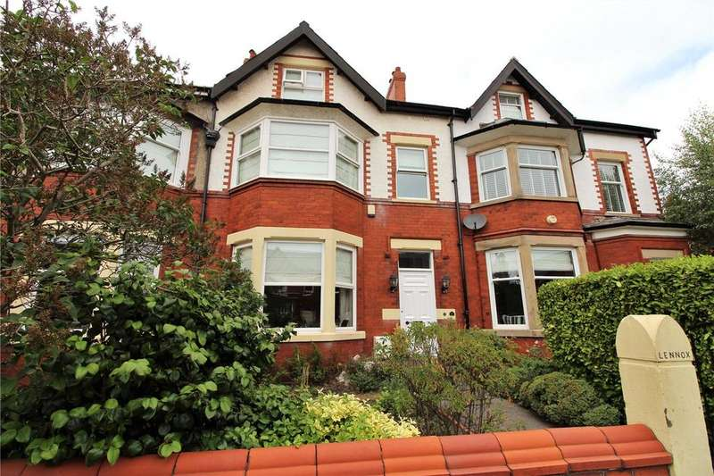 4 Bedrooms Terraced House for rent in Bazley Road, Lytham St. Annes, Lancashire, FY8