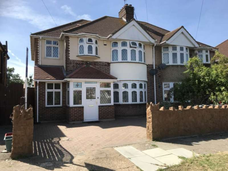 5 Bedrooms Semi Detached House for sale in Burns Way, Heston, TW5