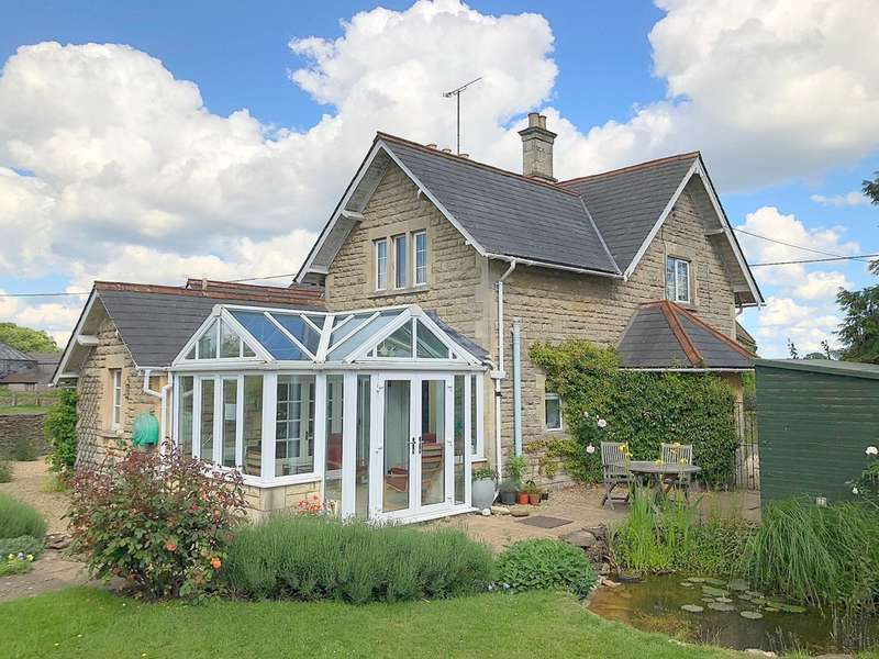 4 Bedrooms Detached House for sale in Hartham, Corsham