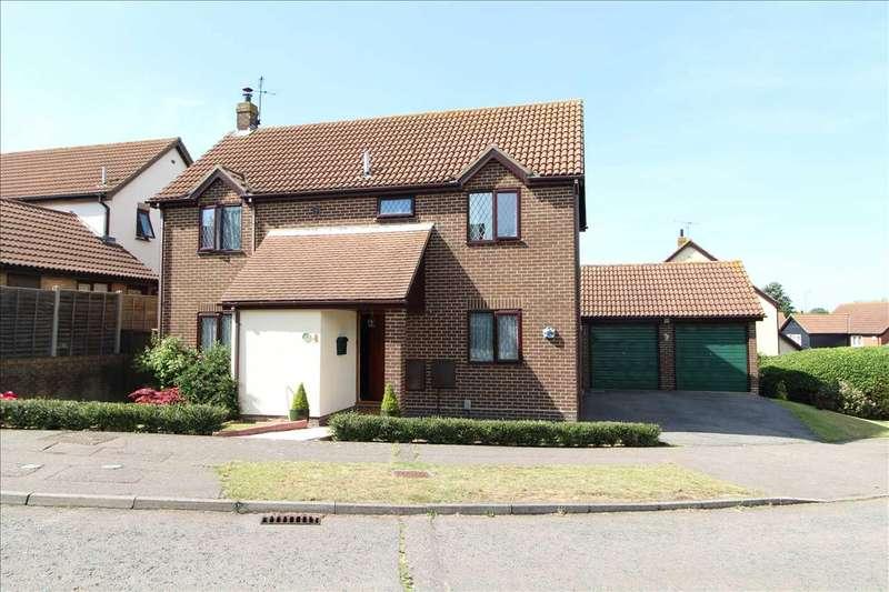 4 Bedrooms Detached House for sale in Owls Retreat, Longridge Park, Colchester