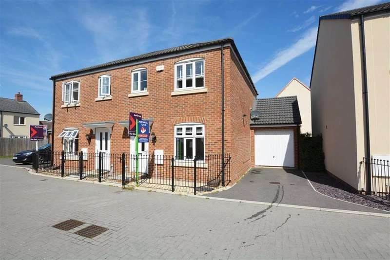 3 Bedrooms Semi Detached House for sale in Lossiemouth Road, Kingsway