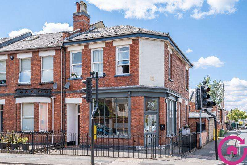 3 Bedrooms End Of Terrace House for sale in Gloucester Road, Cheltenham