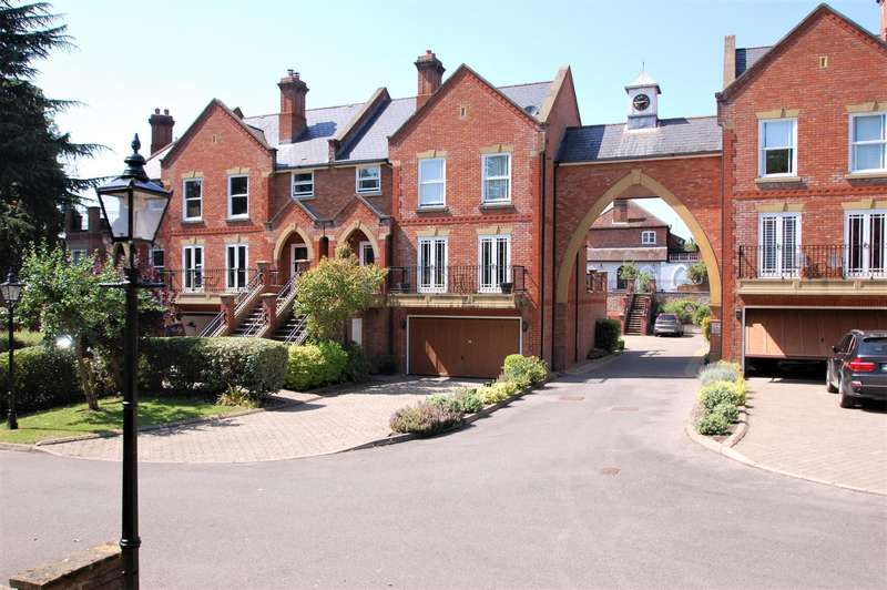 4 Bedrooms House for sale in Misbourne House, Amersham Road, Chalfont St Giles, HP8