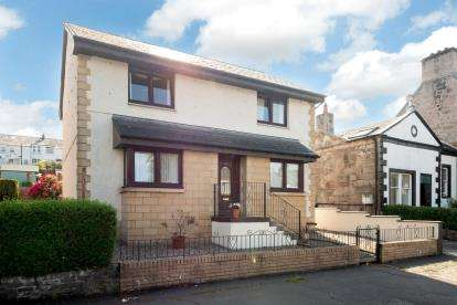 3 Bedrooms Detached House for sale in Finnart Street, Greenock