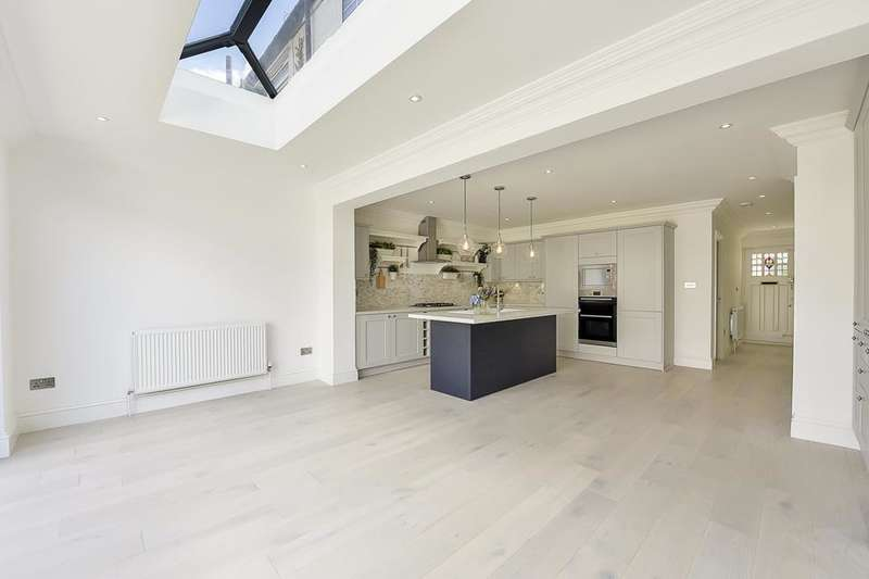 4 Bedrooms House for sale in Commonside East, Mitcham CR4