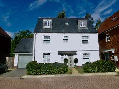 4 Bedrooms Detached House for sale in Catisfield, Fareham, Hants
