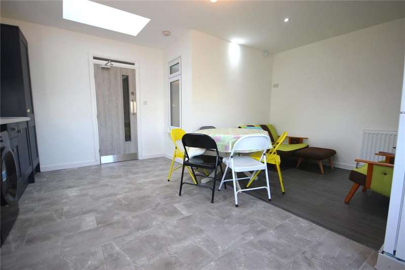 5 Bedrooms Semi Detached House for rent in Kingsholm Road, Southmead, Bristol, BS10