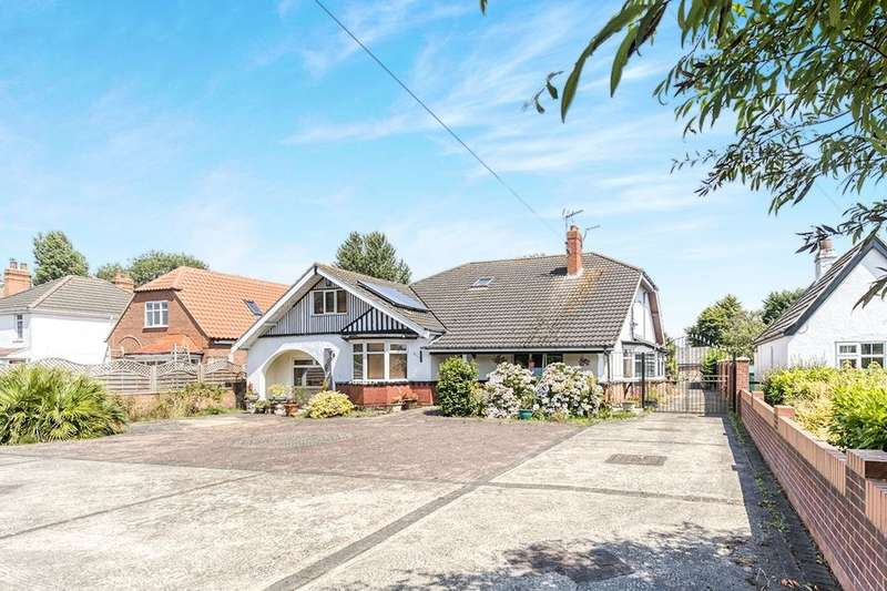 7 Bedrooms Detached House for sale in Waltham Road, Grimsby, DN33