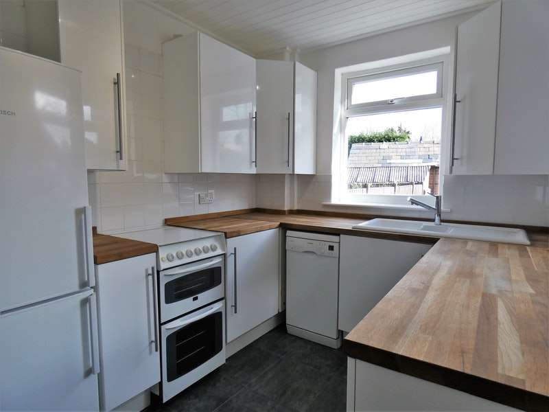2 Bedrooms Terraced House for sale in Manor Street, Northwich, Cheshire, CW8
