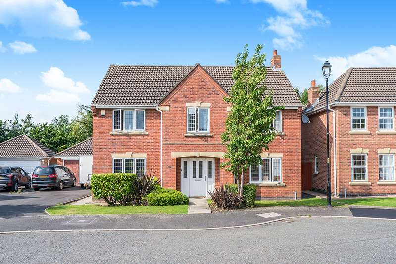 4 Bedrooms Detached House for sale in Lanark Gardens, Widnes, Cheshire, WA8