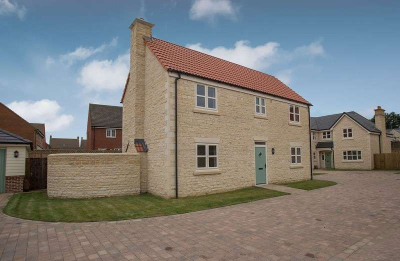 5 Bedrooms Detached House for sale in Wootton Close, Deeping St. James, Peterborough, PE6 8SD