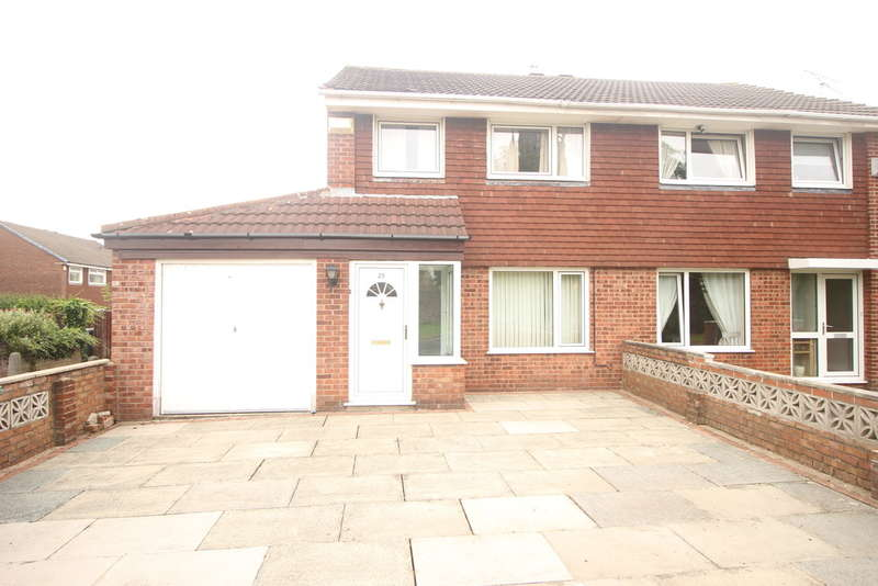 3 Bedrooms Semi Detached House for sale in St. Walburge Avenue, Ashton-on-ribble
