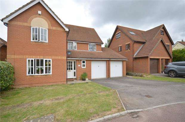 4 Bedrooms Detached House for sale in Norfolk Chase, Warfield, Bracknell